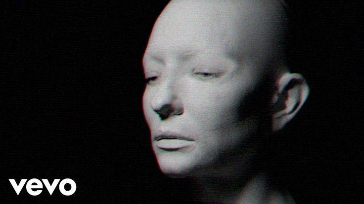 Massive Attack - The Spoils ft. Hope Sandoval