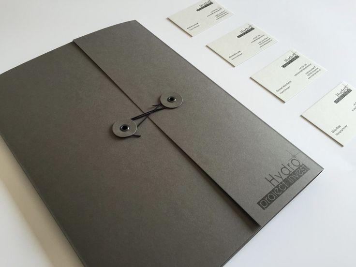 string and button business case_ink paper art