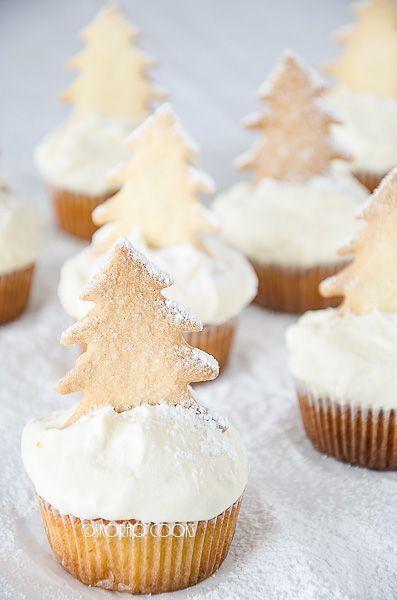 Christmas tree cupcakes ☆