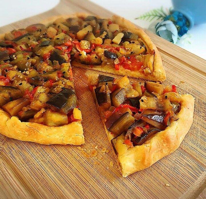 Patlıcanlı pizza