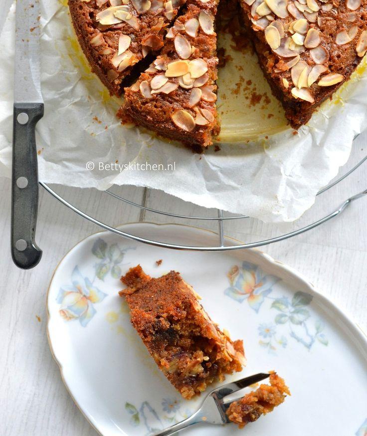 Recept: Wortel-dadeltaart met honing