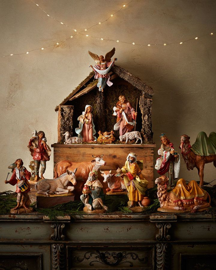 A beautiful Nativity scene... never had one! ~ Fontanini Italian Nativity