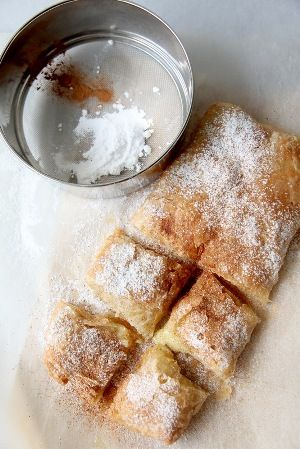 Bougatsa (Μπουγάτσα) Custard-Filled Phyllo Pastry, a traditional breakfast or dessert from Greece! | Visit Greece |