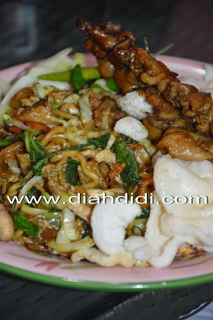 Diah Didi's Kitchen: Mie Dog Dog abang2