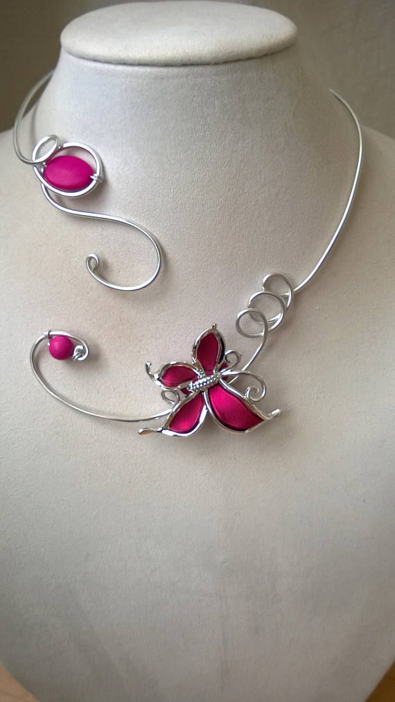 Open collar necklace wire jewelry wire necklace Fuchsia