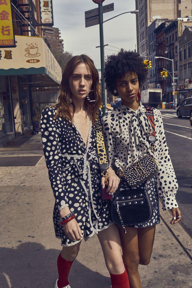 Marc Jacobs #Tumblr #Fashion #Summer 17 #Dresses #New York #New York City #Moda #Kombinler #Kombin_Önerileri #Sokak_stili #fashion #Güzellik #ünlüler #ünlü_Modası #Cilt_Bakımı #Saç_Modelleri #Abiyeler #Abiye_modelleri #Magazin #Tarz #Kuaza