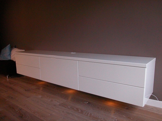 Collectie Design Meubel: Base Line, BASE LINE 240 4L,1K