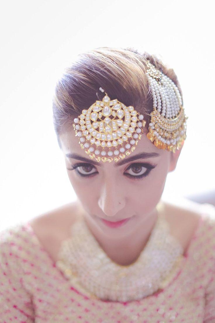 Maang Tikka - Gold and Pearl Maang Tikka and Jhoomer | WedMeGood #wedmegood #indianjewelry #indianbride #tikka