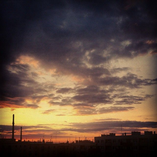 http://instagram.com/p/tQViHjotQv/