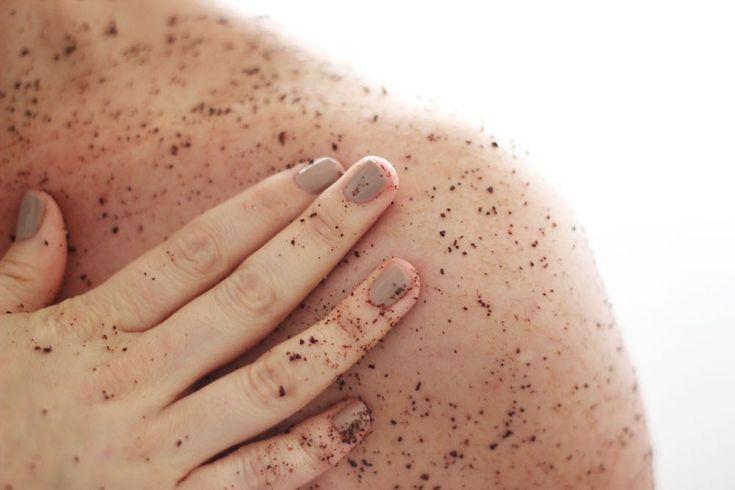 Muchos saben que deben hacer una Exfoliación cada tanto en su piel, pero no todos saben por qué deben hacerlo y la importancia que tiene