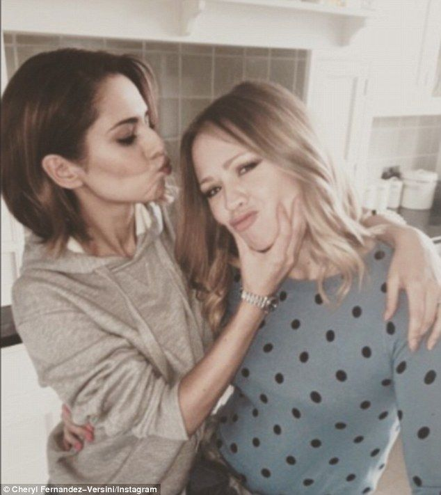 Cheryl Fernandez-Versini and Kimberly Walsh enjoy mini reunion #dailymail