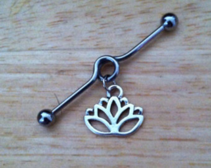 Barbell industrial - Barbell Industrial de flor de loto - Lotus Piercing Industrial