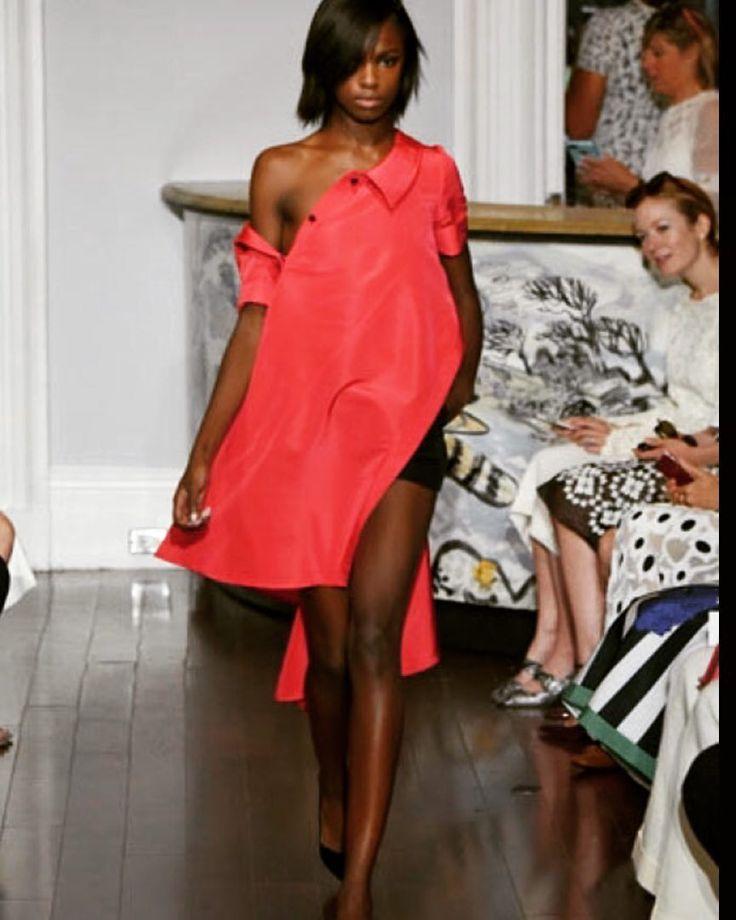 Another awesome look by @monsemaison  #monsemaison #emerging #designer #fashiondesign #fashiondiary #fashionbrand #stylish #inspiration #instafashion #fashion #fblogger #blogger #beyourself #bebold #red #shirt #dress #torontoblogger #nyfw #nyc