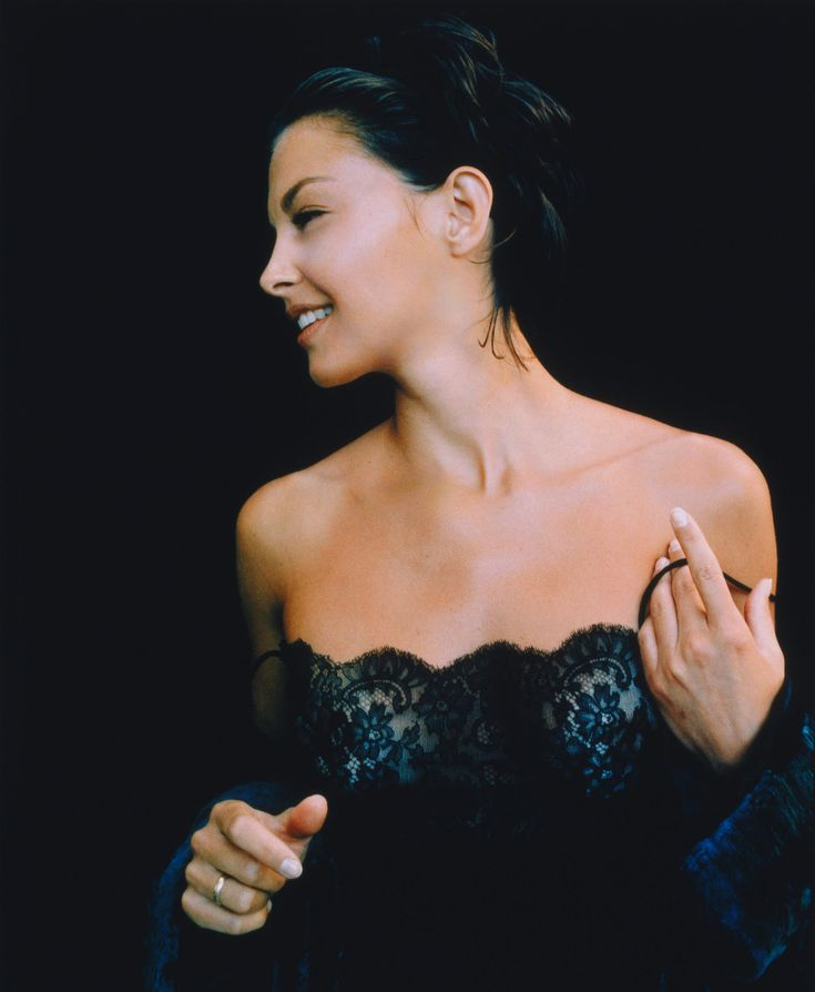 Ashley Judd  My all-time favorite. She's so beautiful both inside and out..:)