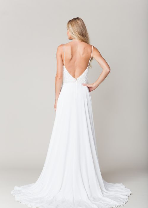 Gramercy by Sarah Seven available at The Bridal Atelier www.thebridalatelier.com.au @thebridalatelier #sheisthebridalatelierbride