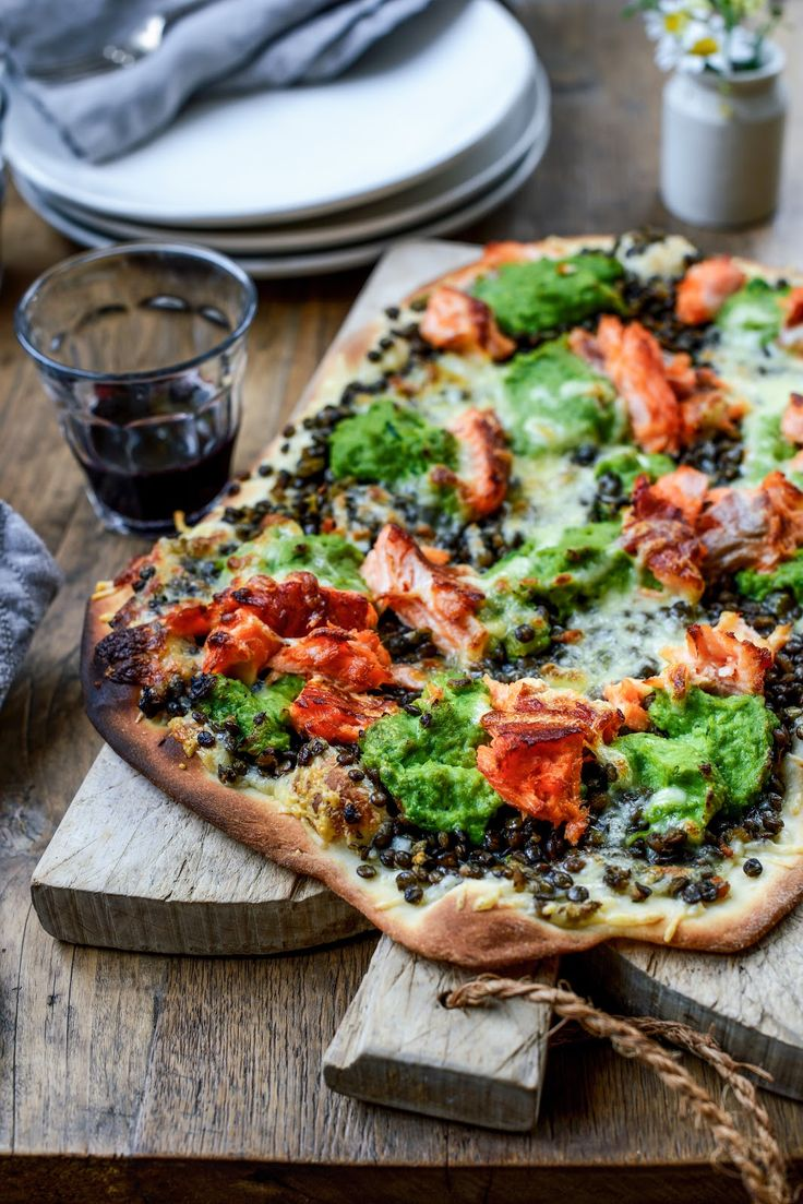 braised lentils, hot smoked salmon and pea puree pizza