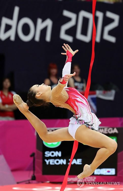 Son Yeon Jae, Rhythmic Gymnastics - just beautiful!