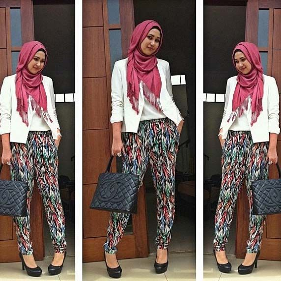 A wearable simple hijab fashion style! I'm a new fan of Rani Hatta's style!