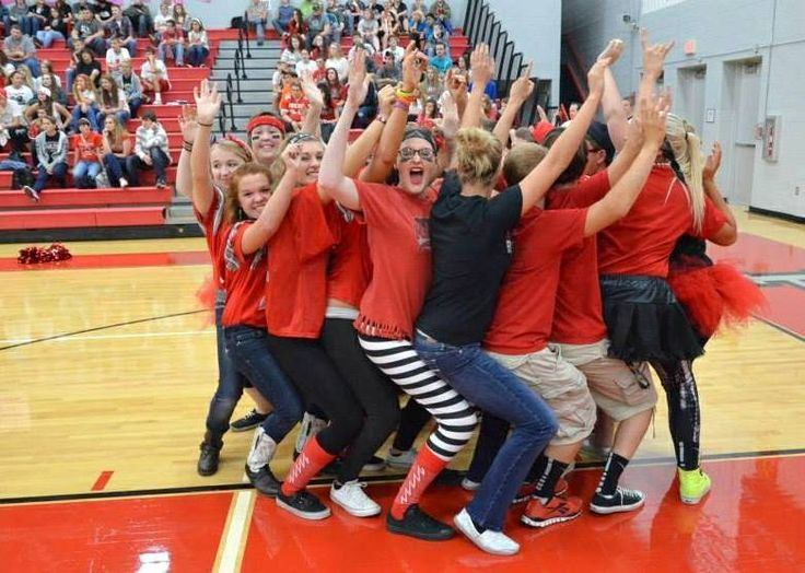 Seniors in the pep rally games