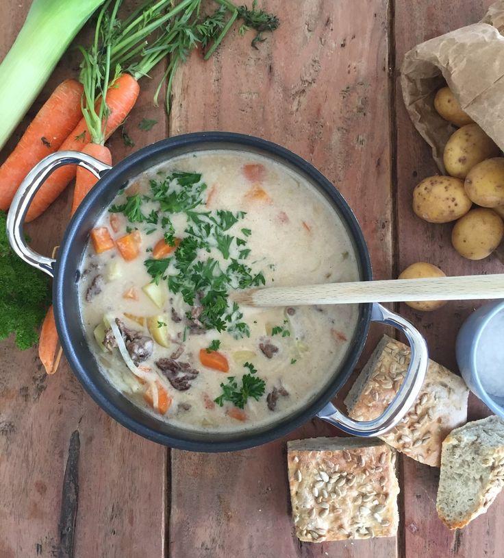 Potet- og gulrotsuppe med kjøttdeig.