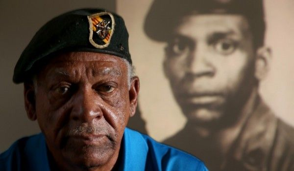 Overlooked due to race, Melvin Morris receives belated military honor.  *From pinner - gran5n6 - Shame on our government...!