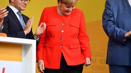 Merkel, Seehofer & Schulz named 'worst German politicians' of 2017 – poll — RT World News