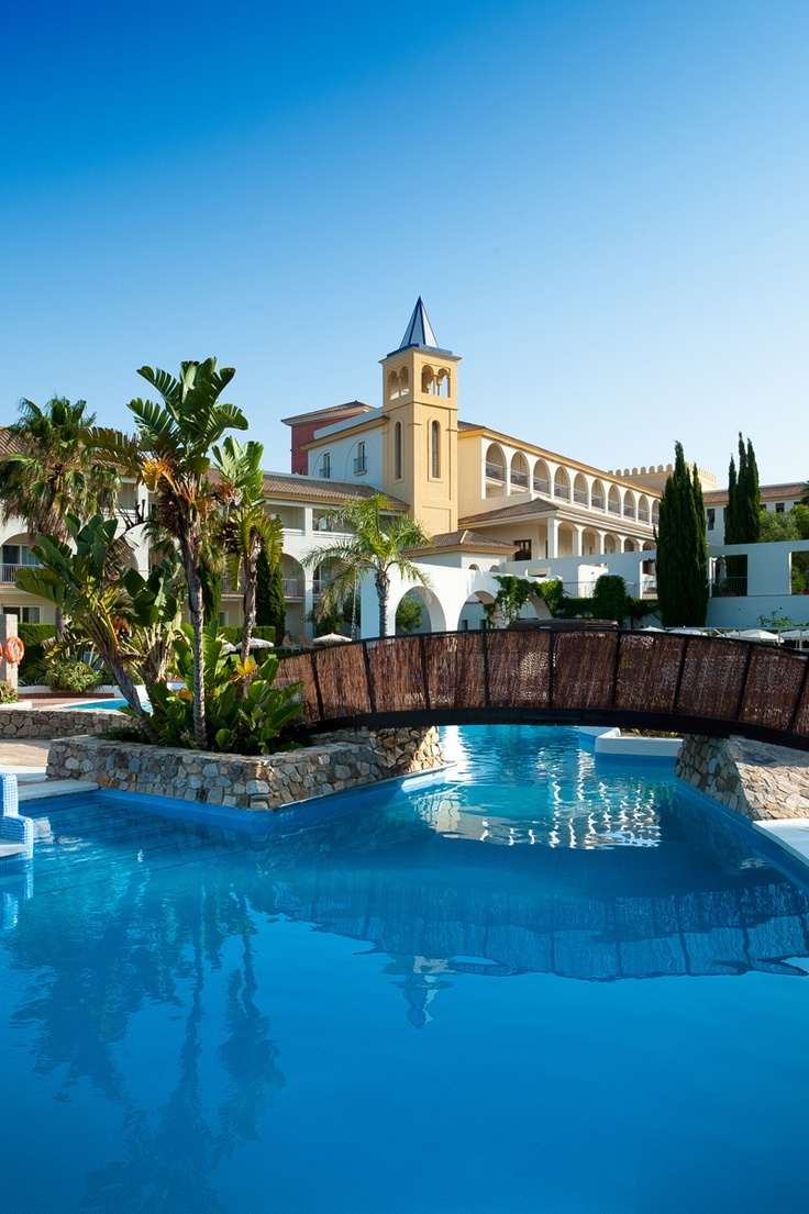 Piscina de Fuerte Conil-Costa Luz | Pool | #Spain #holiday