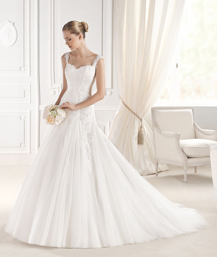 Lace Mermaid Wedding Dresses Square Neck straps Tulle Long Chapel Bridal Gown