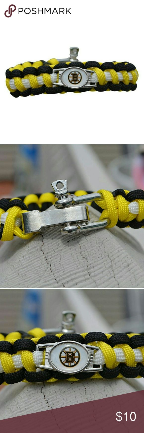 Boston Bruins Paracord Bracelet Boston Bruins Paracord Jewelry- Boston Bruins Paracord Bracelet - NFL Hockey Jewelry  WHO LOVES HOCKEY?! Show your Pride for the Boston Bruins with this sports bracelet. This listing is for one Boston Bruins bracelet. 7 inches in length with an additional 2 inch extension. ?  Perfect Gift for Bruins Hockey Fans!! Jewelry Bracelets