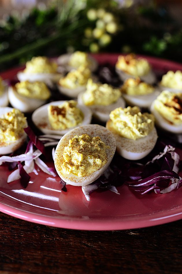 Delicious Easter Leftovers- perfect tangy deviled eggs! Mayo, vinegar, mustard, relish, S&P and paprika.  Thanks PW.