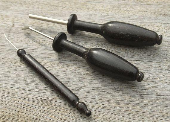 Ebony Kantklos Tools - draaitafeltje, pin lifter en pin Opdringer