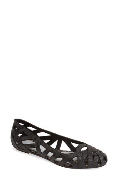 Check out my latest find from Nordstrom: http://shop.nordstrom.com/S/4116175  Melissa Melissa + Jason Wu 'Jean' Jelly Flat (Women)  - Sent from the Nordstrom app on my iPhone (Get it free on the App Store at http://itunes.apple.com/us/app/nordstrom/id474349412?ls=1&mt=8)