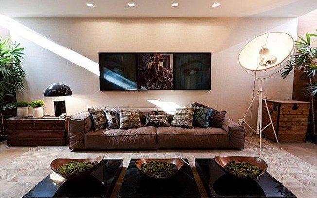 O sofá exposto na Mostra Black convida os moradores a se jogarem em suas almofadas. Foto: Divulgação