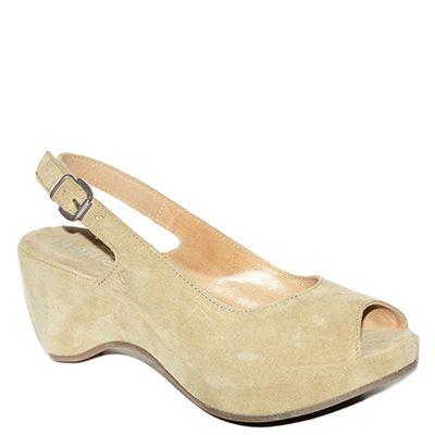 #Sandalo con la zeppa in camoscio beige di #Khrio    http://www.tentazioneshop.it/scarpe-khrio/sandalo-zeppa-14045cd-sabbia-khrio.html