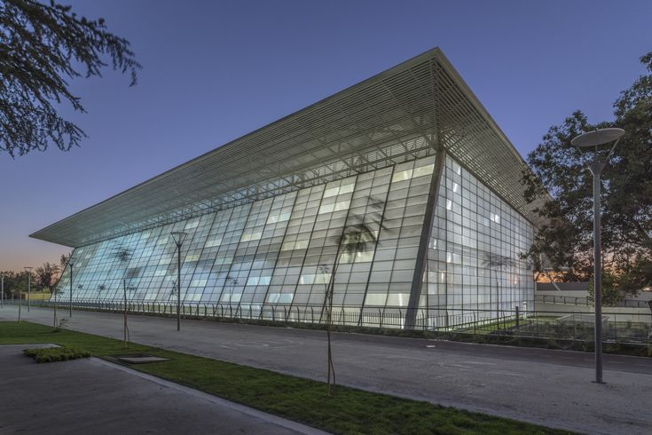 Image 5 of 15 from gallery of National Stadium Aquatics Center / Iglesis Prat Arquitectos. Photograph by Juan Francisco Vargas Malebrán