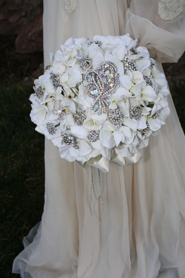 Bridal Bouquets with Swarovski® Crystals Flower Pins