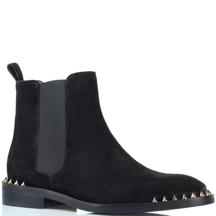Ботинки Ras из замши черного цвета с декором-шипами цена: 7146 грн размеры: 36-40
