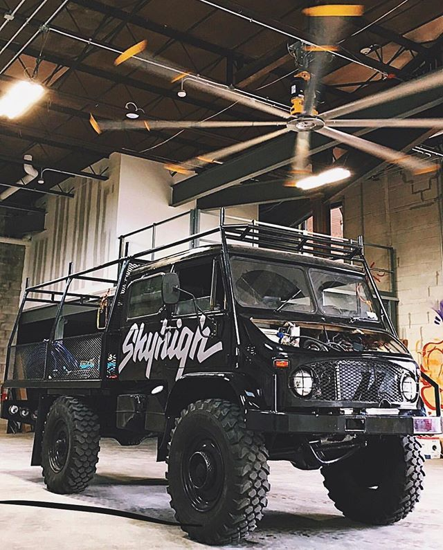 Unimog goa holy hell!!! Is that a helicopter rotor ceiling fan?!!!  #overlandkitted @colossalmedia http://ift.tt/2p8PNFj
