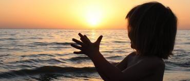 Oração do Anjo da Abundância: Alcance a prosperidade e estabilidade financeira pela oração do anjo da abundância. Confira esta oração poderosa aqui.