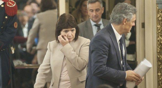 Patricia Bullrich amenazó a Macri con renunciar