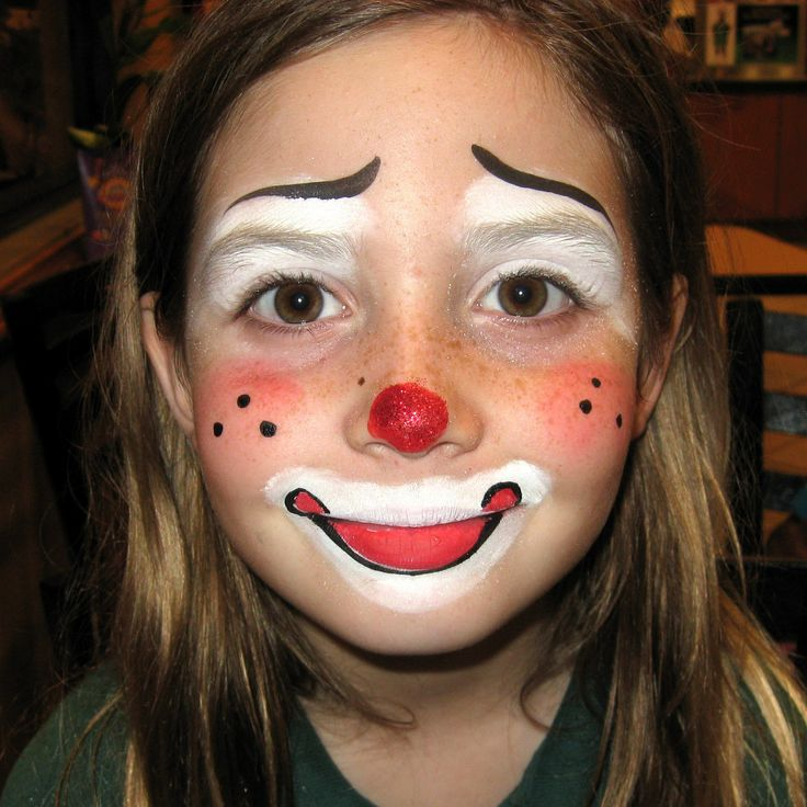 Clown facepainting