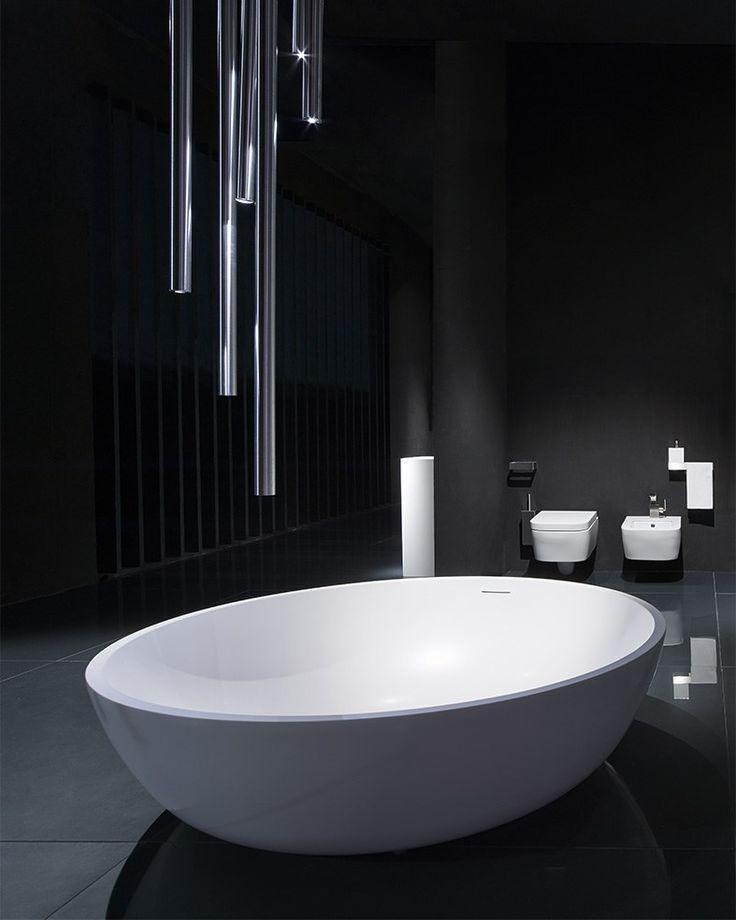 CIRCLE Bathtub by RIFRA