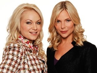 Roxy and Ronnie Mitchell played by Rita Simmons and Samantha Womack.