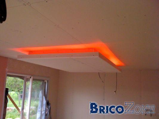 Les 25 meilleures id es de la cat gorie faux plafond led - Plafond aide a la complementaire ...