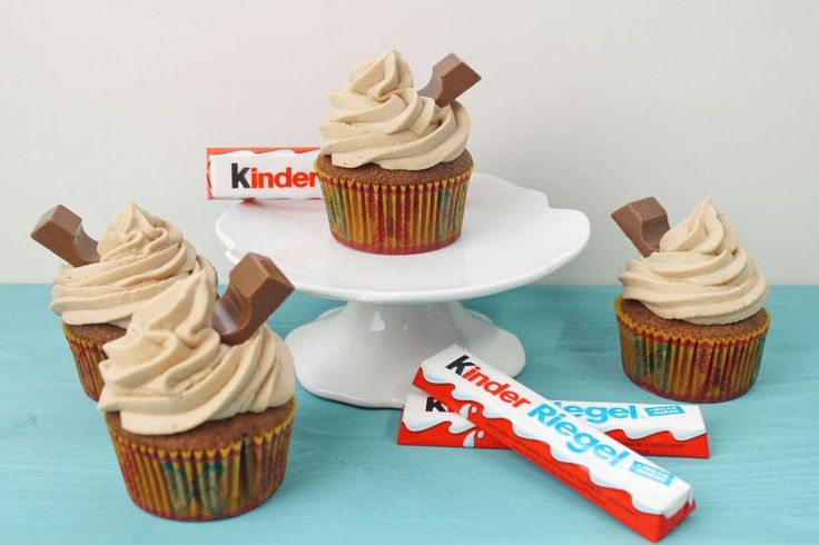 kinderriegel cupcakes - http://absolute-lebenslust.de/2016/07/09/kinderriegel-cupcakes-backen-cupcake-rezepte/