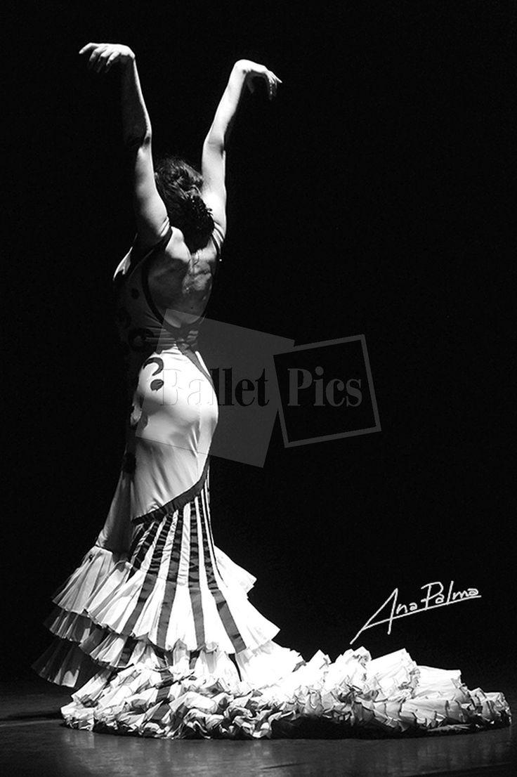 "A. Palma, ""Flamenco bailaora"" - BalletPics.net"