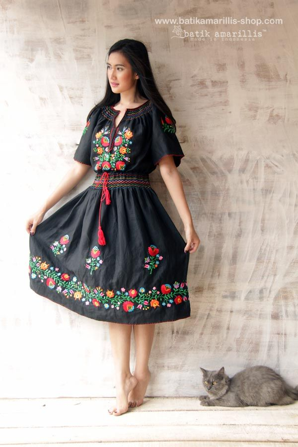 embroidery Hungarian classic dress..it's beautiful, flowy, Romantic with stunning floral embroidery....