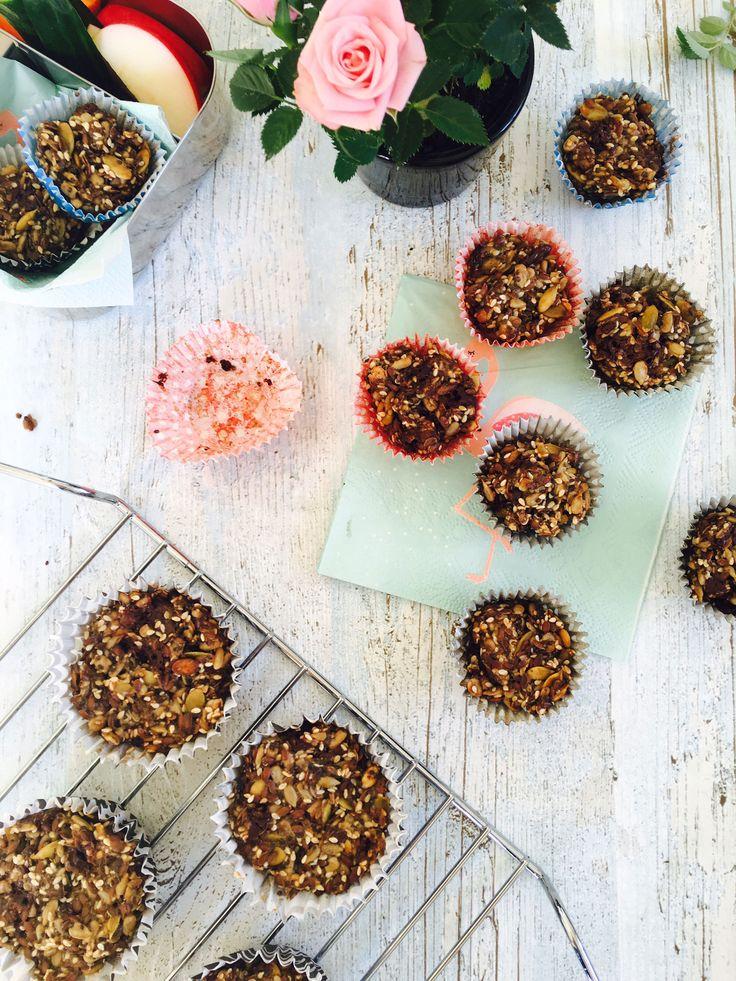 """Disse madpakkemuffins er sunde og mættende og gør sig perfekt i madpakken som den """"lille søde ting"""". Opskrift og inspiration til sunde madpakker her:"""