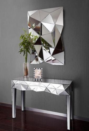 Meubel-aa is gespecialiseerd in moderne designmeubelen voor het hele huis. Wij hebben onder andere complete slaapkamers, kinderkamers, werkkamers, woonkamers en meubilair voor in de keuken met de