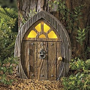 634 best images about fairy houses and doors on pinterest for Outdoor fairy doors australia